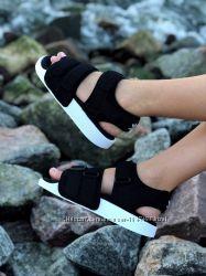 Спортивные женские босоножки на липучках Adidas