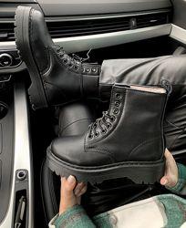 Ботинки женские зимние Dr. Martens JADON Black