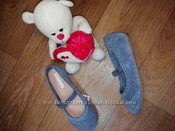 Стильные замшевые оригинальные туфельки на девочку H&M Размер 31, 20см
