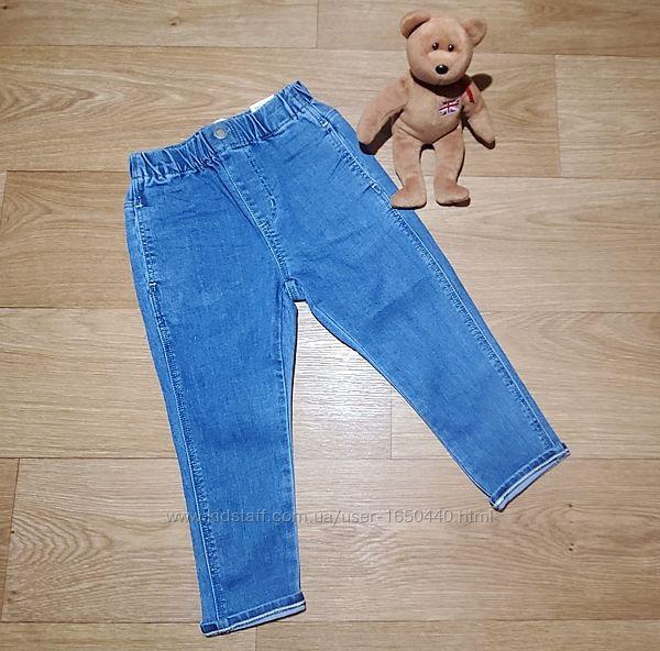 Модные стильные джинсы Zara на девочку с завышенной талией пояс на резинке