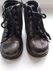 Ботинки демисезон 23 размер