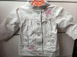 Куртка-ветровка фирмы Tout Simplement