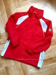 Куртка- ветровка с капюшоном р. 140