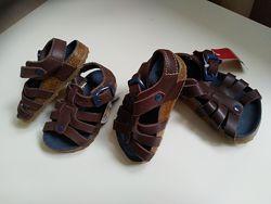 Кожанные босоножки сандалии 18, 19 размер