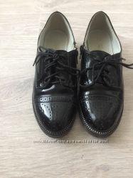 Туфли, броги, лоферы для девочки