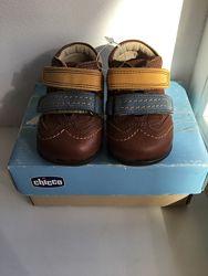 Продаются новые ботиночки Chicco
