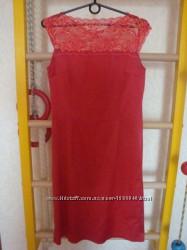 Нарядное вечернее красное платье.