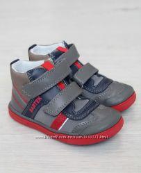 Ботинки-кроссовки демисезонные для мальчика Bartek рр. 19-26