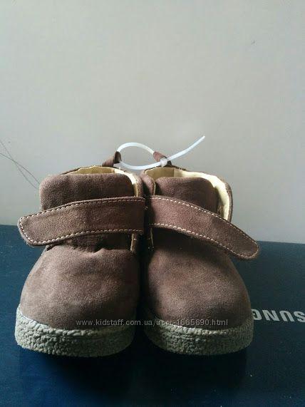 Ботинки детские р23. 5 us-7med. Новые весна