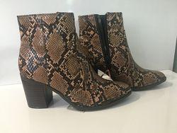 Новый стильные ботинки F&F. Рептилия. 36 р.