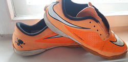Кроссовки Nike зальные