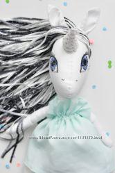 Единорог безопасная игрушка для детей с рождения Единорожка в мятном платье
