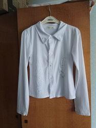 Блузка на пуговицах в школу. 10-12 лет