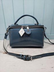 Женская лаковая кожаная сумка черная голубая белая жіноча шкіряна сумка