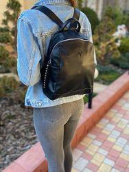 Женский кожаный рюкзак стильный чёрный жіночий шкіряний ранець чорний