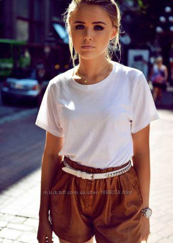 Трендовые шорты из экокожи от Zara
