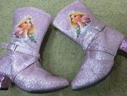Сапоги новогодних костюм Холодное сердце, Frozen TM Disney разм. 32, 28, 35